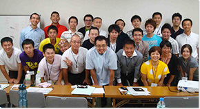 岡崎整体院 院長の技能セミナー01